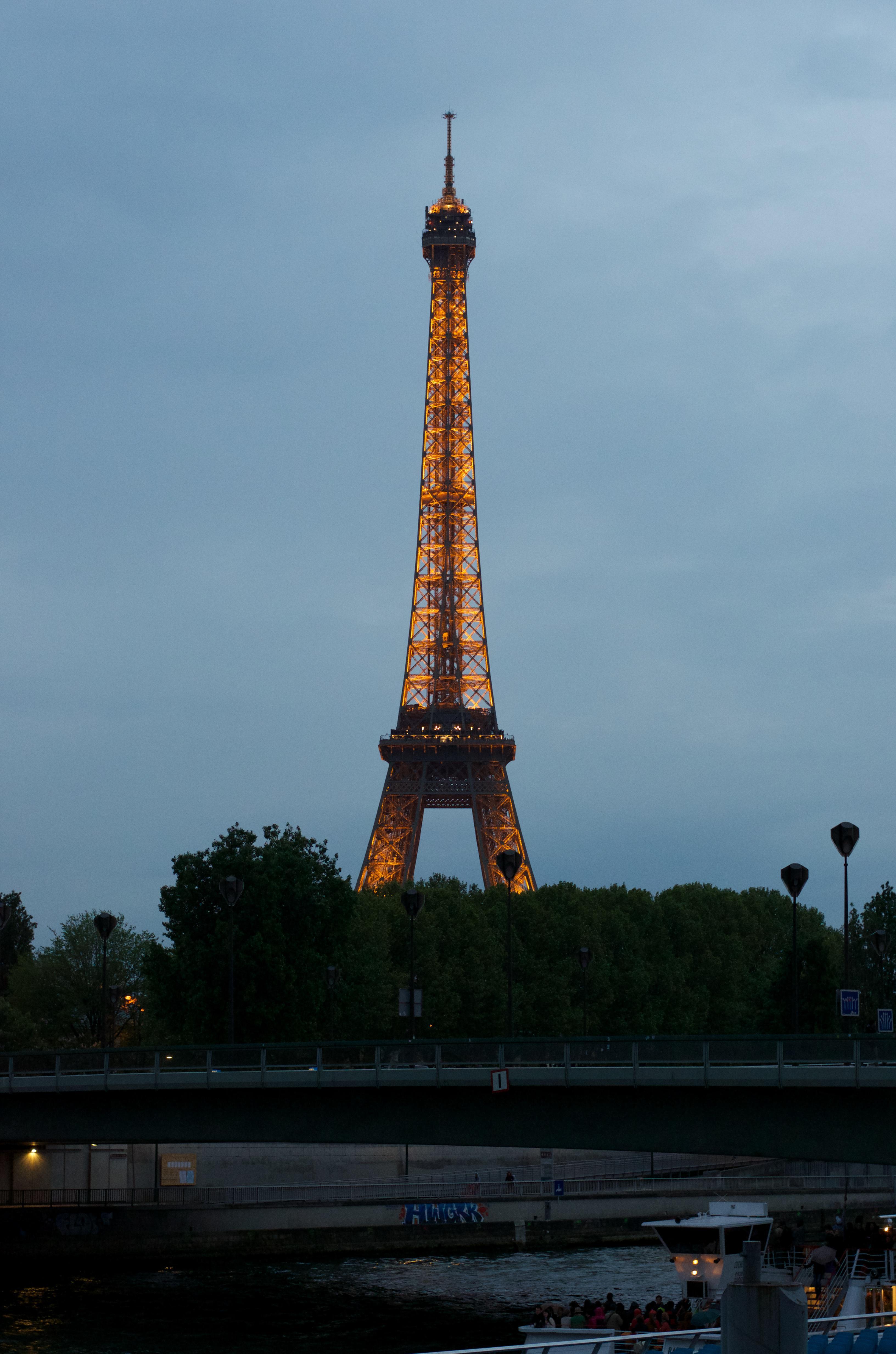 the-eiffel-tower_14033955354_o